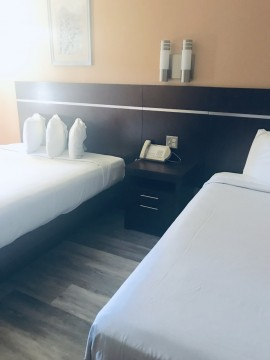Guest rooms at Country Inn Sonora - Guest room 2 beds